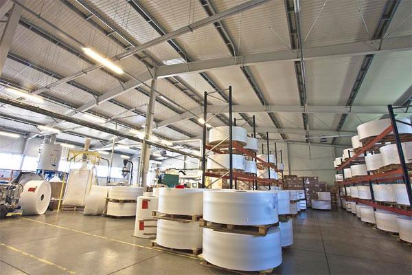 Wnętrze hali produkcyjnej Grządziel Investment